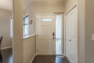 Photo 3: 1914 32A Street in Edmonton: Zone 30 House for sale : MLS®# E4160246