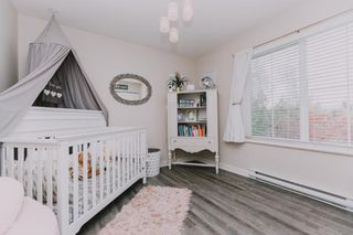 """Photo 13: 21140 81B Avenue in Langley: Willoughby Heights House for sale in """"YORKSON"""" : MLS®# R2380280"""