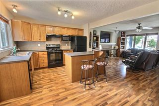 Photo 4: 5598 STEVENS Crescent in Edmonton: Zone 14 House for sale : MLS®# E4166110