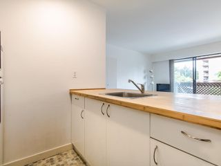 """Photo 8: 314 436 SEVENTH Street in New Westminster: Uptown NW Condo for sale in """"Regency court"""" : MLS®# R2404787"""