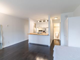 """Photo 6: 314 436 SEVENTH Street in New Westminster: Uptown NW Condo for sale in """"Regency court"""" : MLS®# R2404787"""