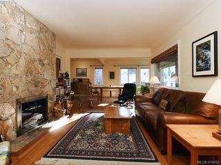 Photo 3: 757 Monterey Ave in VICTORIA: OB South Oak Bay House for sale (Oak Bay)  : MLS®# 829770