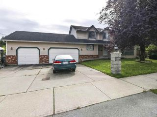 Photo 2: 14992 76 Avenue in Surrey: East Newton House for sale : MLS®# R2440953
