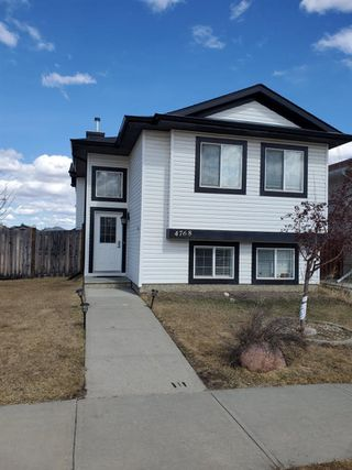 Photo 2: 4768 156 Avenue in Edmonton: Zone 03 House for sale : MLS®# E4191009