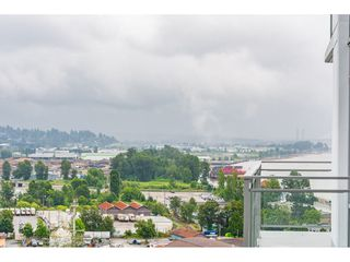 "Photo 20: 1306 258 NELSON'S Court in New Westminster: Sapperton Condo for sale in ""THE COLUMBIA AT BREWERY DISTRICT"" : MLS®# R2472326"