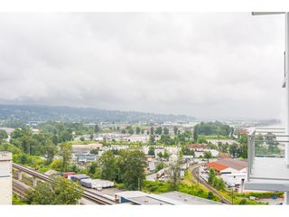 "Photo 19: 1306 258 NELSON'S Court in New Westminster: Sapperton Condo for sale in ""THE COLUMBIA AT BREWERY DISTRICT"" : MLS®# R2472326"