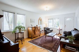 Photo 2: 10165 90 Street in Edmonton: Zone 13 House for sale : MLS®# E4208578
