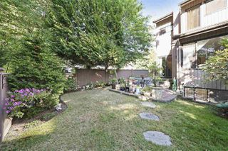 Photo 12: 4225 BIRCHWOOD Crescent in Burnaby: Greentree Village Townhouse for sale (Burnaby South)  : MLS®# R2501600