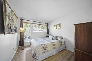 Photo 23: 4225 BIRCHWOOD Crescent in Burnaby: Greentree Village Townhouse for sale (Burnaby South)  : MLS®# R2501600