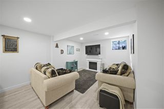 Photo 16: 4225 BIRCHWOOD Crescent in Burnaby: Greentree Village Townhouse for sale (Burnaby South)  : MLS®# R2501600