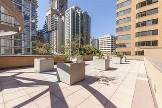 "Photo 8: 215 1189 HOWE Street in Vancouver: Downtown VW Condo for sale in ""GENESIS"" (Vancouver West)  : MLS®# R2519068"