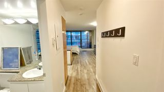 "Photo 18: 215 1189 HOWE Street in Vancouver: Downtown VW Condo for sale in ""GENESIS"" (Vancouver West)  : MLS®# R2519068"