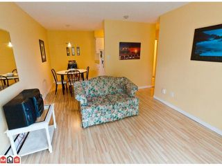 "Photo 3: 220 1442 BLACKWOOD Street: White Rock Condo for sale in ""Blackwood Manor"" (South Surrey White Rock)  : MLS®# F1106343"