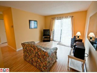 "Photo 4: 220 1442 BLACKWOOD Street: White Rock Condo for sale in ""Blackwood Manor"" (South Surrey White Rock)  : MLS®# F1106343"