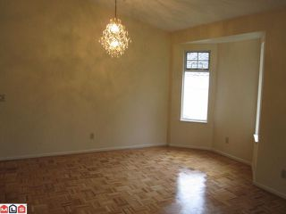 """Photo 5: 44 8737 212TH Street in Langley: Walnut Grove Townhouse for sale in """"CHARTWELL GREEN"""" : MLS®# F1110715"""