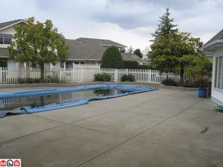 """Photo 8: 44 8737 212TH Street in Langley: Walnut Grove Townhouse for sale in """"CHARTWELL GREEN"""" : MLS®# F1110715"""