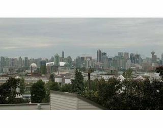 Photo 10: 116 1442 R 3rd Avenue in Vancouver: Grandview VE Condo for sale (Vancouver East)  : MLS®# V806693