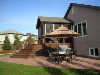 Photo 4: 35 Fenwick Place in Winnipeg: Fort Garry / Whyte Ridge / St Norbert Single Family Detached for sale (South Winnipeg)  : MLS®# 1020133