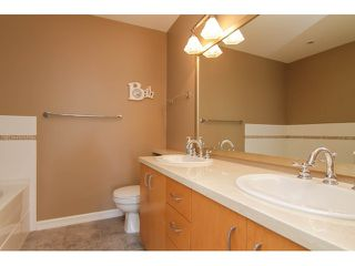 """Photo 17: 205 1551 FOSTER Street: White Rock Condo for sale in """"Sussex House"""" (South Surrey White Rock)  : MLS®# F1407910"""