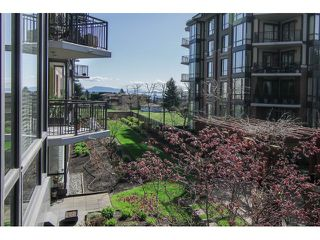 """Photo 14: 205 1551 FOSTER Street: White Rock Condo for sale in """"Sussex House"""" (South Surrey White Rock)  : MLS®# F1407910"""
