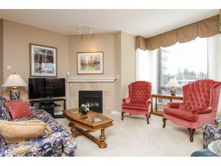 """Photo 5: 205 1551 FOSTER Street: White Rock Condo for sale in """"Sussex House"""" (South Surrey White Rock)  : MLS®# F1407910"""