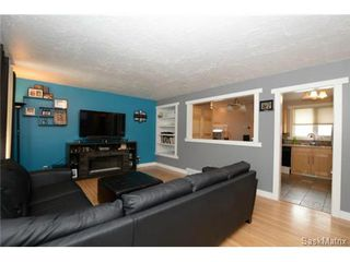 Photo 10: 3307 AVONHURST Drive in Regina: Coronation Park Single Family Dwelling for sale (Regina Area 03)  : MLS®# 528624