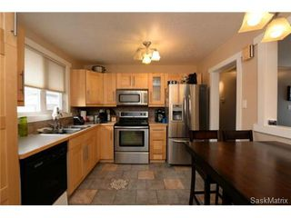 Photo 14: 3307 AVONHURST Drive in Regina: Coronation Park Single Family Dwelling for sale (Regina Area 03)  : MLS®# 528624