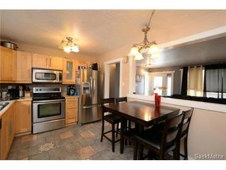 Photo 12: 3307 AVONHURST Drive in Regina: Coronation Park Single Family Dwelling for sale (Regina Area 03)  : MLS®# 528624