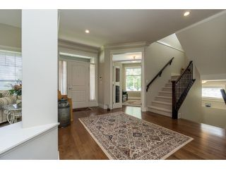 """Photo 3: 5915 164TH Street in Surrey: Cloverdale BC House for sale in """"WEST CLOVERDALE"""" (Cloverdale)  : MLS®# F1439520"""