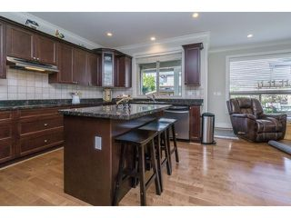 "Photo 11: 5915 164TH Street in Surrey: Cloverdale BC House for sale in ""WEST CLOVERDALE"" (Cloverdale)  : MLS®# F1439520"