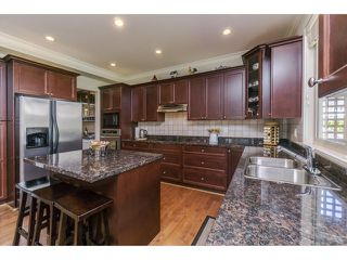 """Photo 10: 5915 164TH Street in Surrey: Cloverdale BC House for sale in """"WEST CLOVERDALE"""" (Cloverdale)  : MLS®# F1439520"""
