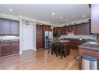 "Photo 9: 5915 164TH Street in Surrey: Cloverdale BC House for sale in ""WEST CLOVERDALE"" (Cloverdale)  : MLS®# F1439520"