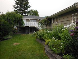 "Photo 4: 457 W WINDSOR Road in North Vancouver: Upper Lonsdale House for sale in ""UPPER LONSDALE"" : MLS®# V1133007"