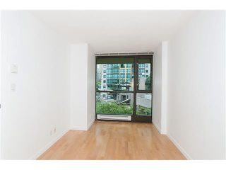 "Photo 11: 203 1367 ALBERNI Street in Vancouver: West End VW Condo for sale in ""THE LIONS"" (Vancouver West)  : MLS®# V1138178"