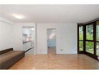 "Photo 6: 203 1367 ALBERNI Street in Vancouver: West End VW Condo for sale in ""THE LIONS"" (Vancouver West)  : MLS®# V1138178"