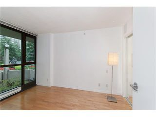 "Photo 10: 203 1367 ALBERNI Street in Vancouver: West End VW Condo for sale in ""THE LIONS"" (Vancouver West)  : MLS®# V1138178"