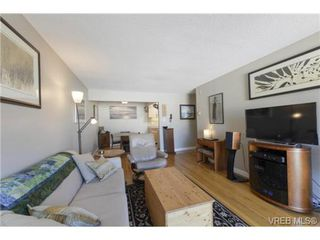 Photo 3: 307 1400 Newport Avenue in VICTORIA: OB South Oak Bay Condo Apartment for sale (Oak Bay)  : MLS®# 356848