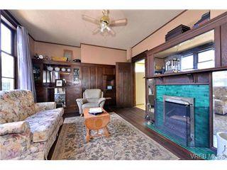 Photo 1: 2821 Shelbourne Street in VICTORIA: Vi Fernwood Single Family Detached for sale (Victoria)  : MLS®# 358919