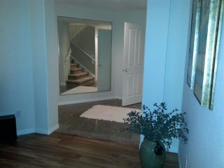 """Photo 2: 5 4001 OLD CLAYBURN Road in Abbotsford: Abbotsford East Townhouse for sale in """"CEDAR SPRINGS"""" : MLS®# R2029702"""
