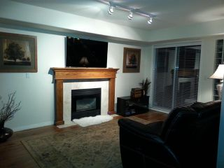 """Photo 13: 5 4001 OLD CLAYBURN Road in Abbotsford: Abbotsford East Townhouse for sale in """"CEDAR SPRINGS"""" : MLS®# R2029702"""