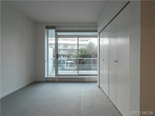 Photo 6: 203 66 Songhees Road in VICTORIA: VW Songhees Condo Apartment for sale (Victoria West)  : MLS®# 365045