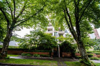 "Photo 33: 403 1566 W 13TH Avenue in Vancouver: Fairview VW Condo for sale in ""ROYAL GARDENS"" (Vancouver West)  : MLS®# R2080778"