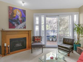"Photo 2: 207 1924 COMOX Street in Vancouver: West End VW Condo for sale in ""WINDGATE BY THE PARK"" (Vancouver West)  : MLS®# R2109767"