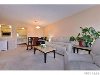 Photo 5: 201 3900 Shelbourne Street in VICTORIA: SE Cedar Hill Condo Apartment for sale (Saanich East)  : MLS®# 370835