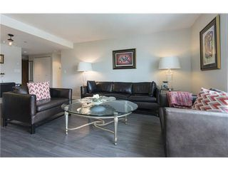 """Photo 2: 602 1323 HOMER Street in Vancouver: Yaletown Condo for sale in """"PACIFIC POINT"""" (Vancouver West)  : MLS®# R2119635"""