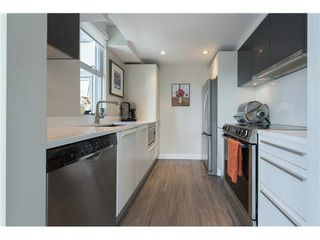 """Photo 6: 602 1323 HOMER Street in Vancouver: Yaletown Condo for sale in """"PACIFIC POINT"""" (Vancouver West)  : MLS®# R2119635"""