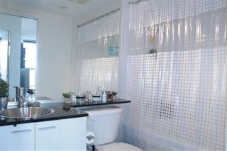 """Photo 9: 2205 668 CITADEL PARADE in Vancouver: Downtown VW Condo for sale in """"SPECTRUM"""" (Vancouver West)  : MLS®# R2128531"""