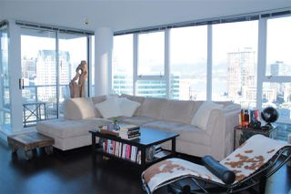 """Photo 4: 2205 668 CITADEL PARADE in Vancouver: Downtown VW Condo for sale in """"SPECTRUM"""" (Vancouver West)  : MLS®# R2128531"""