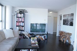 """Photo 6: 2205 668 CITADEL PARADE in Vancouver: Downtown VW Condo for sale in """"SPECTRUM"""" (Vancouver West)  : MLS®# R2128531"""