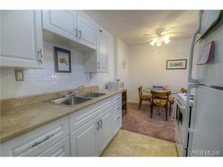Photo 4: 204 350 Belmont Rd in VICTORIA: Co Colwood Corners Condo for sale (Colwood)  : MLS®# 753754